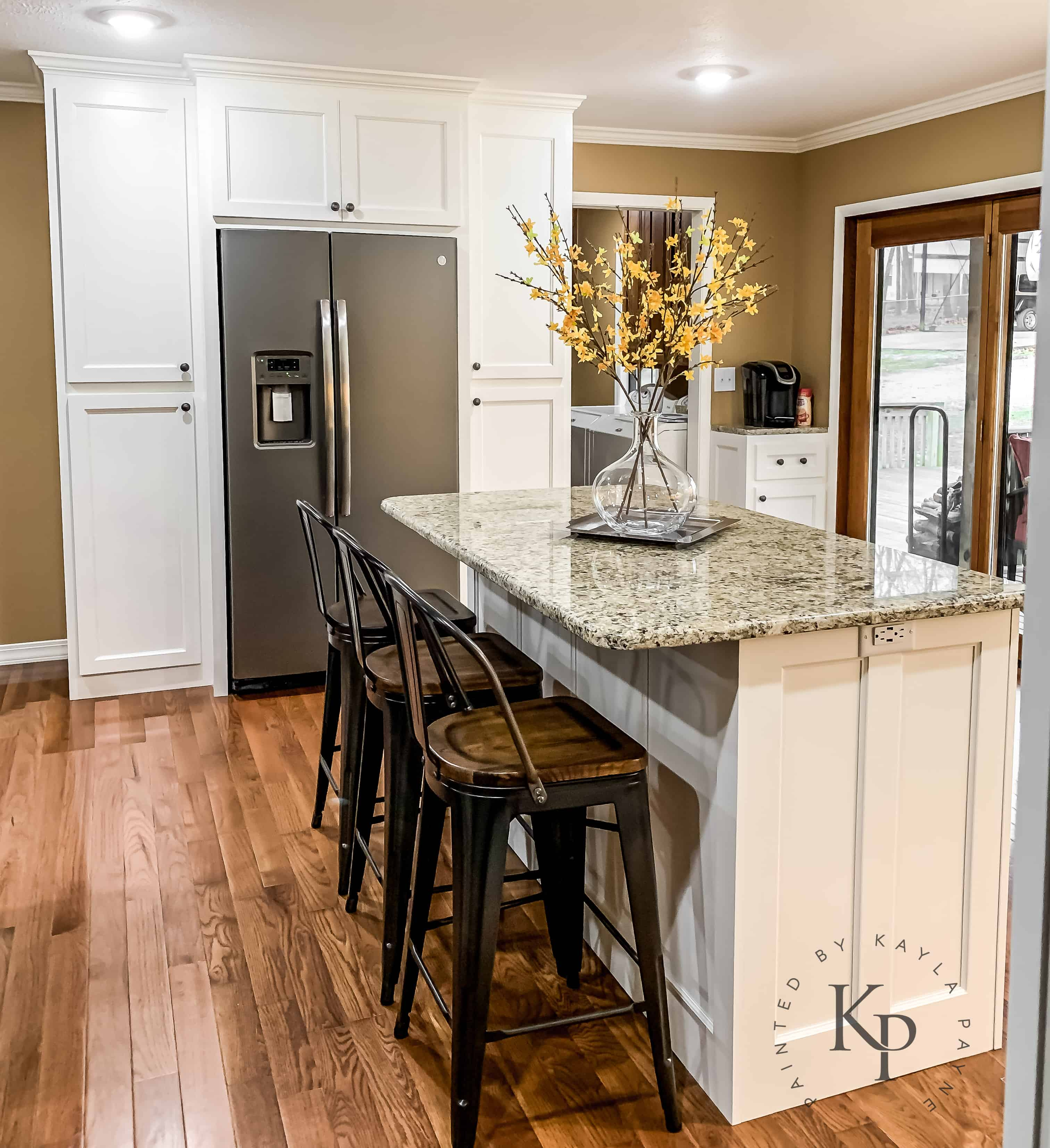 What White Paint For Kitchen Cabinets: Kitchen Cabinets In Sherwin Williams Dover White
