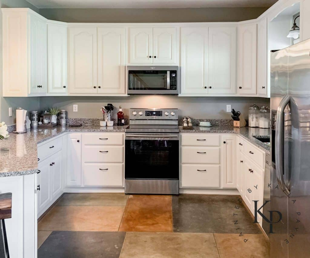 Oak Cabinets Painted In Benjamin Moore Soft Chamois